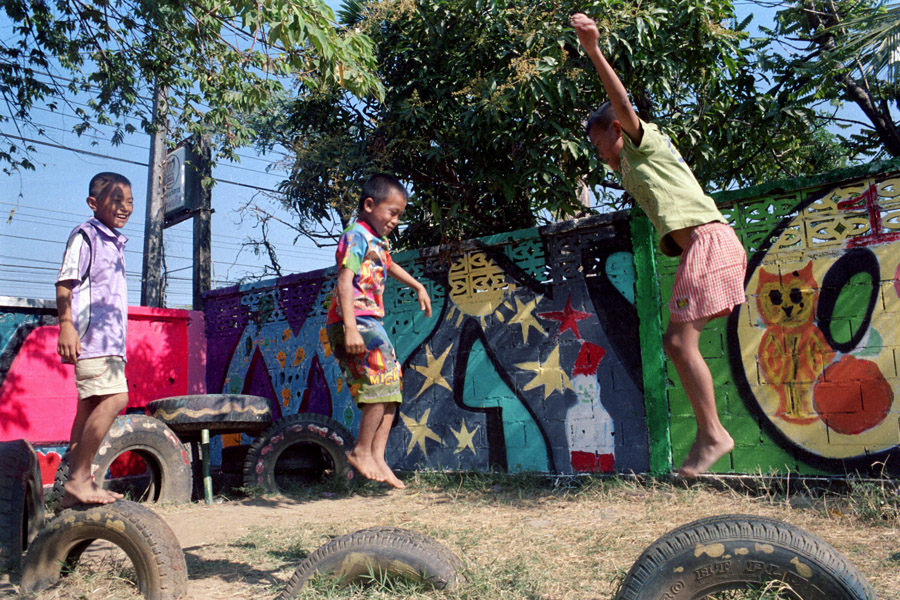 Social Action for Women (SAW) school: New Zealand-based Spinning Top gathered an international group of artists to spend a week with SAW, teaching art classes and helping the children create murals surrounding their playground.